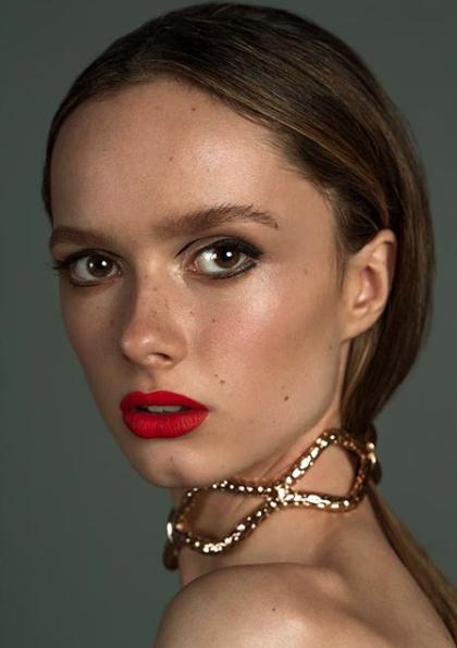 """Entrevista a la modelo emergente Fiona Jaederlund: """"Quiero seguir con el modelaje, pero teniendo siempre en mente que los estudios son más importantes"""""""