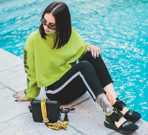 """Entrevista a la blogger de sneakers Tita Human: """"No hay que limitarse exclusivamente a las zapatillas que llegan a Chile, siempre hay una forma de obtener lo que realmente nos gusta"""""""