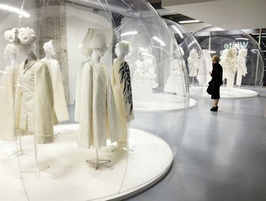 """Comme des Garçons presenta: """"White Drama"""""""