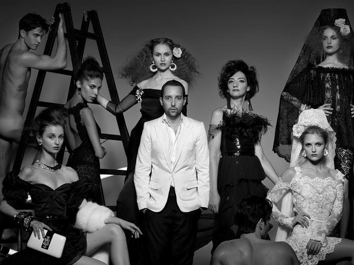 Entrevista a Rafael López, diseñador de alta costura español