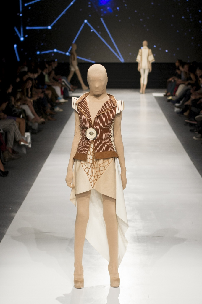 La pasarela Elfer Castro en Lima Fashion Week 2013