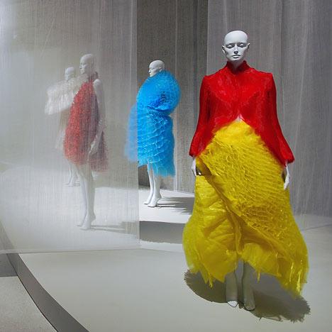 Future Beauty, la exhibición que muestra 30 años de diseñadores japoneses