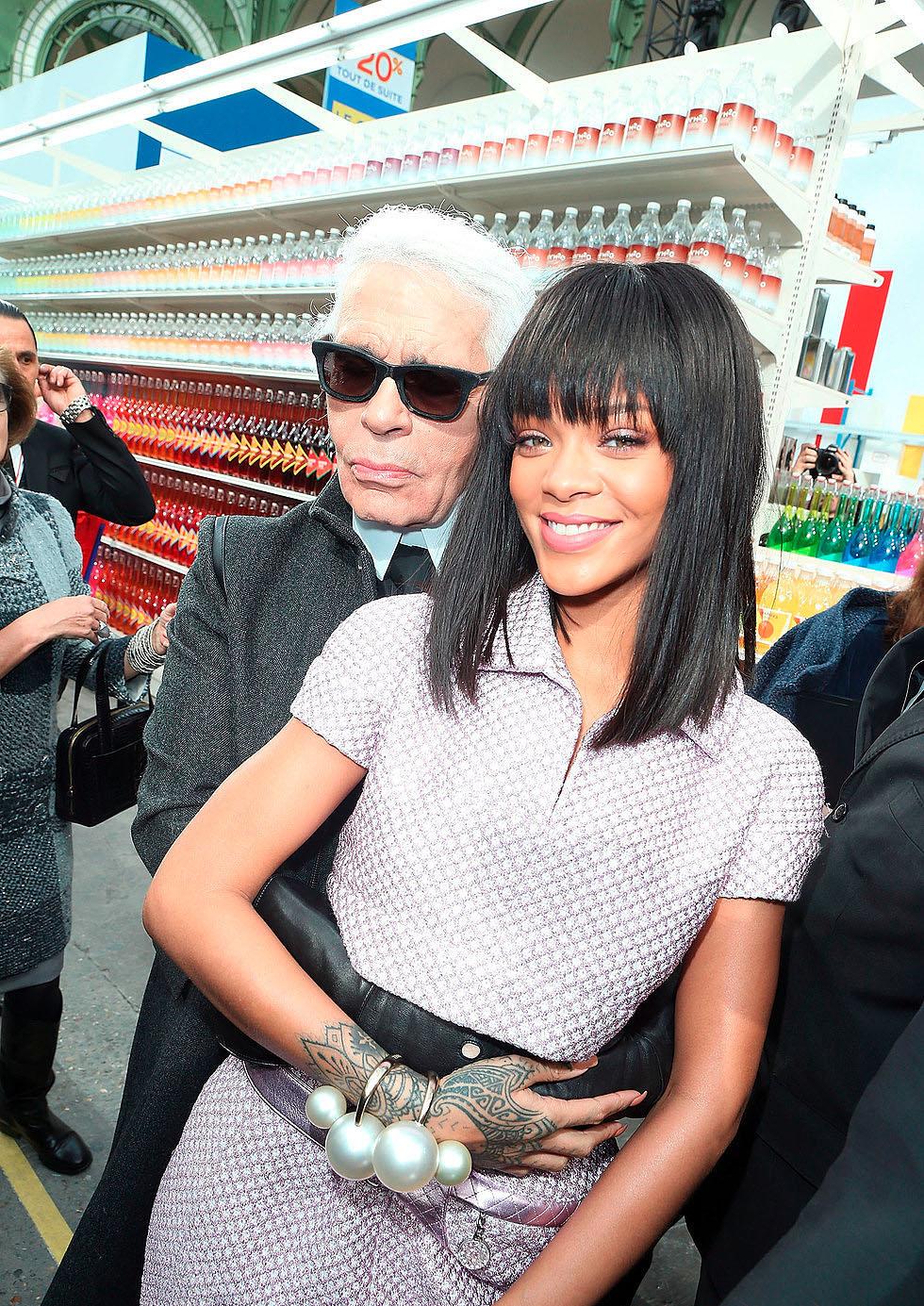 Rihanna recibe el premio CDFA de Ícono de Moda 2014