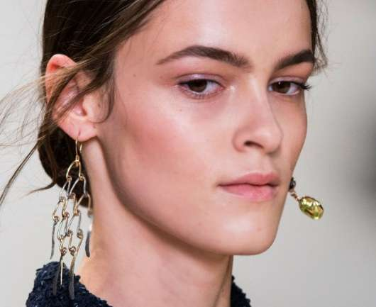 Mismatched Earrings: La entretenida tendencia que promete tomarse el 2015