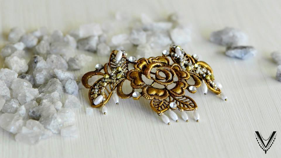 VINTA – Tocados y accesorios para novias