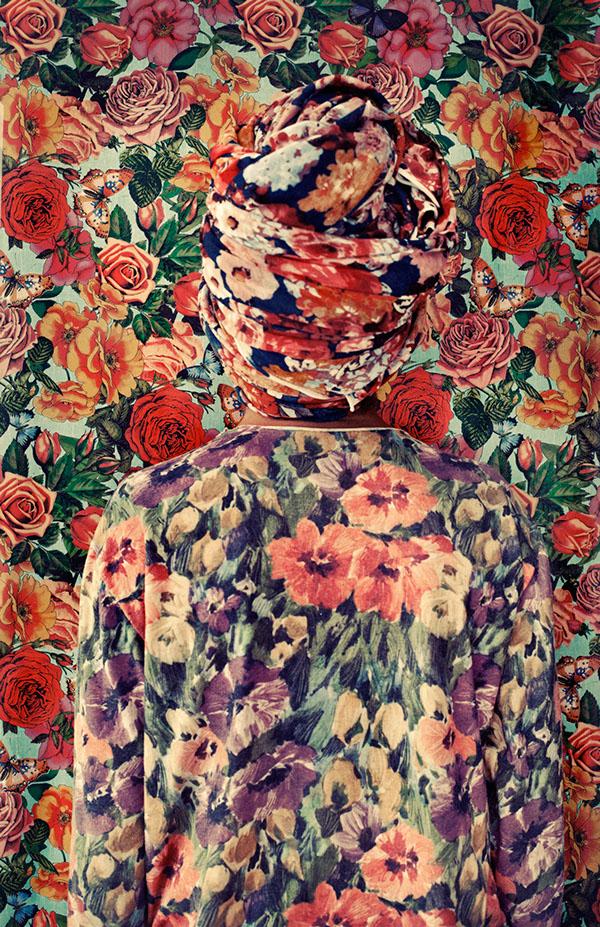 """El camuflaje entre telas de la artista argentina Lucía Fainzilber, para la serie de autorretratos """"Somewear"""""""