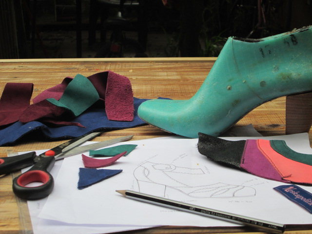 Curso de diseño y confección de calzado Neskapolita