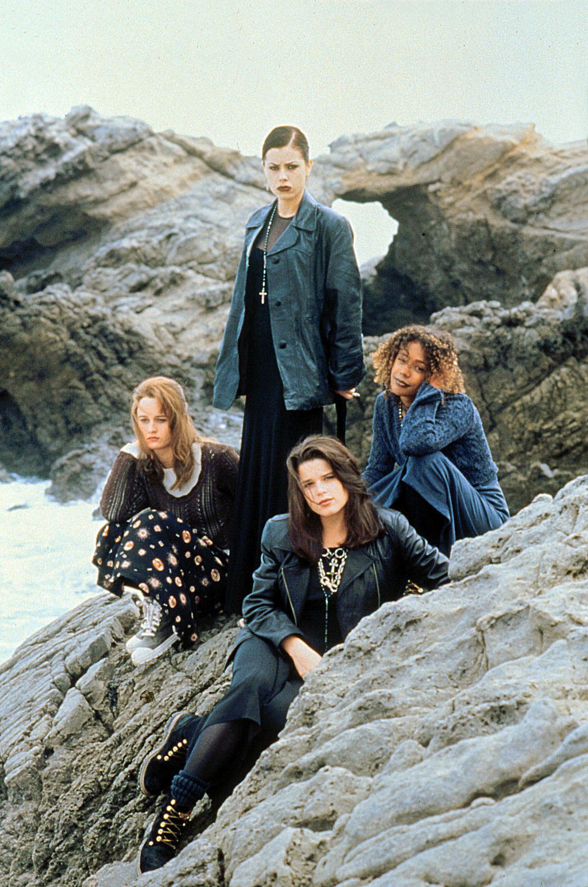 Recordando a The Craft, la película sobre brujas adolescentes que marcó el estilo de los '90