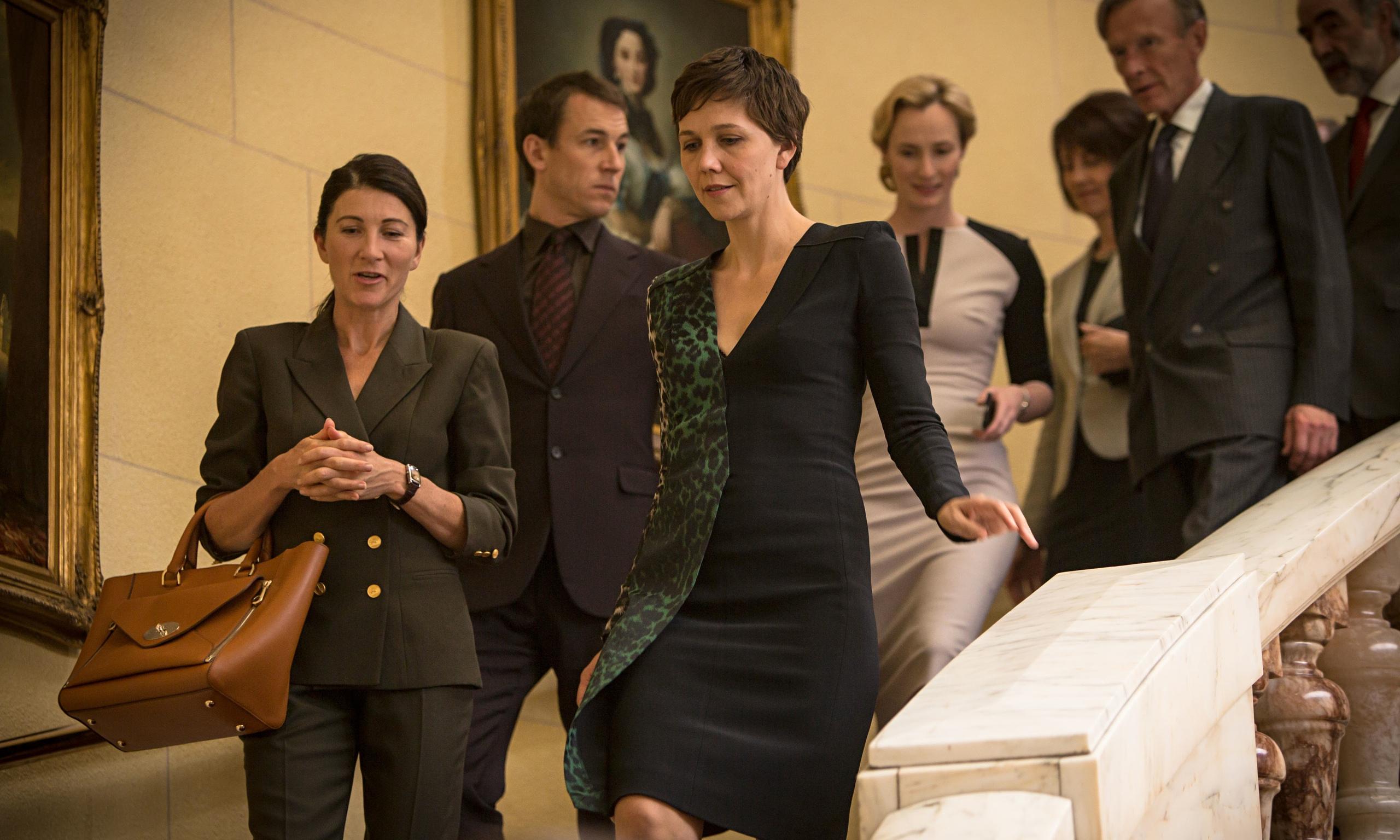 Demostraciones de poder e indumentaria en The Honourable Woman, la serie de la BBC que retoma la teoría del power dressing