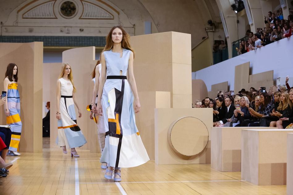 Las pasarelas Primavera/Verano 2016 de London Fashion Week: Segunda Parte