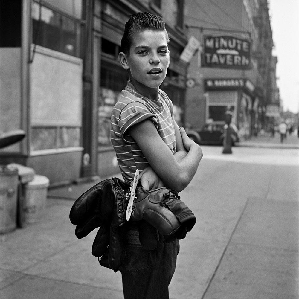 La exposición sobre la fotógrafa Vivian Maier llega a Santiago (y quizás Valparaíso)