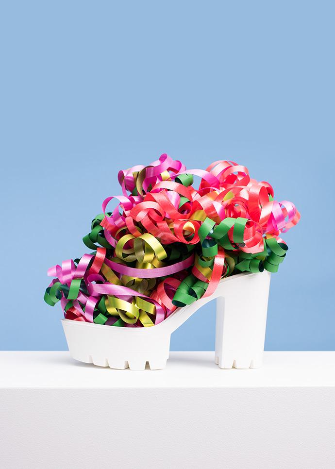 """""""Everything has a sole"""", la campaña conceptual sobre zapatos que va más allá de las suelas"""