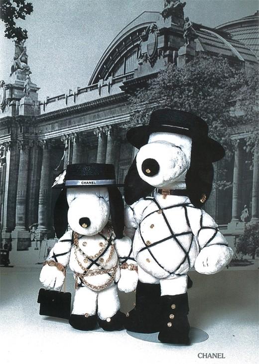 """Flashback: El libro """"Snoopy around the World"""" y la alta costura, 1990"""