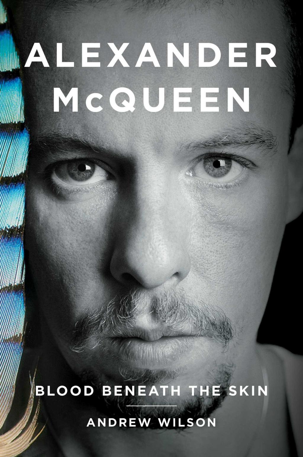 Todo lo que sabemos acerca de la nueva película dedicada a Alexander McQueen