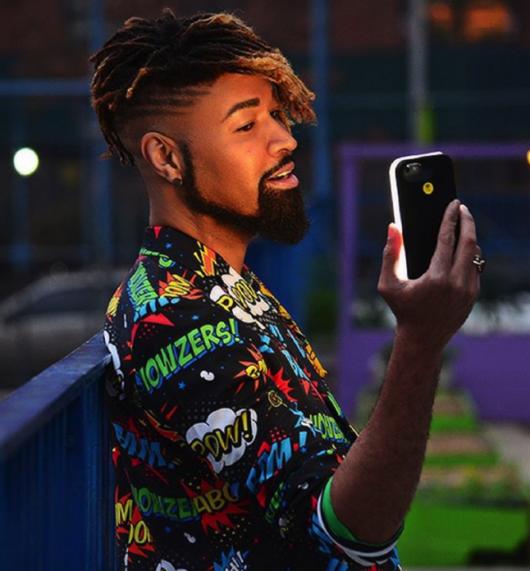 Ty-Lite: La carcasa que iluminará tus selfies