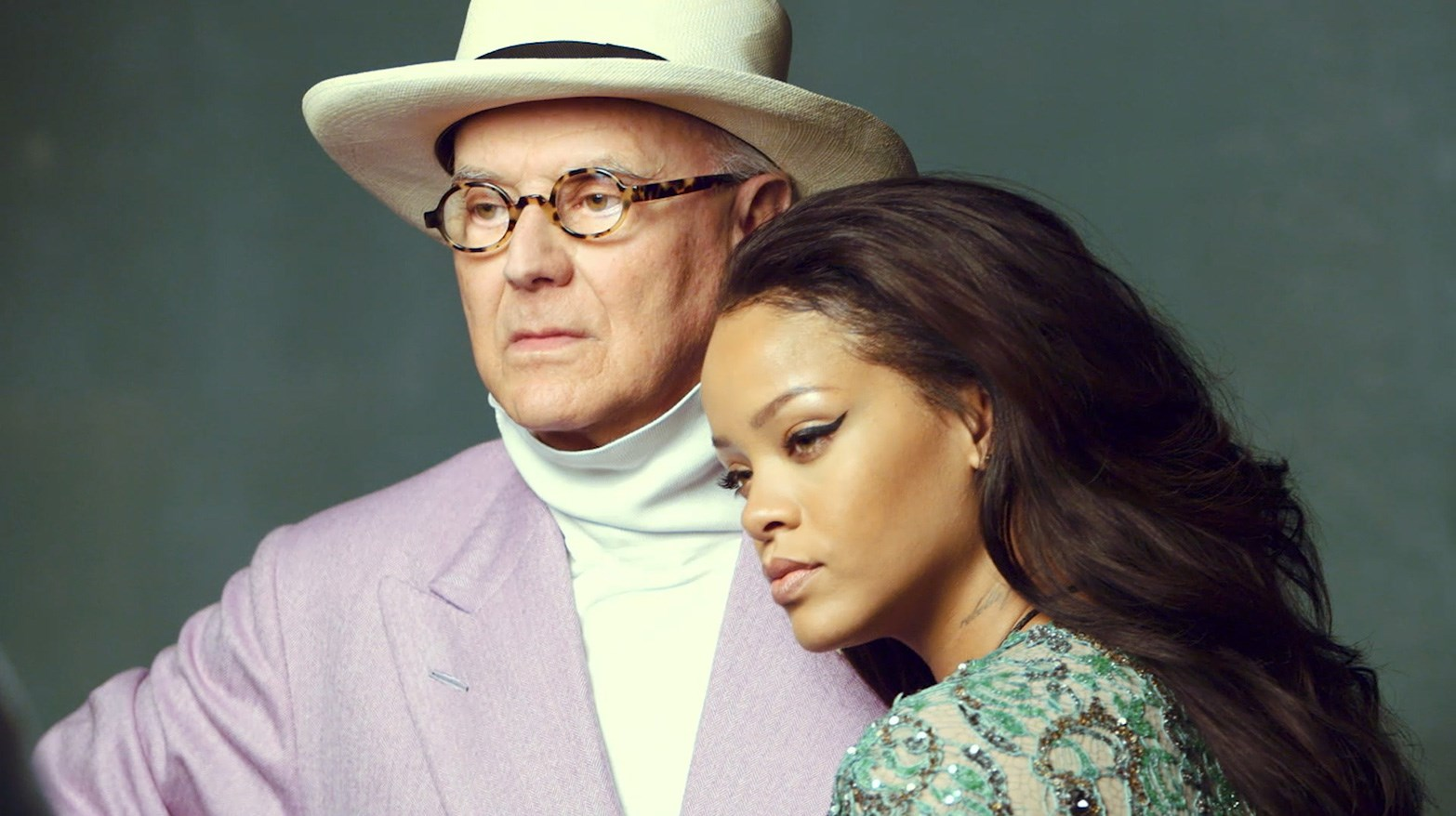 VLC ♥ Rihanna meets Manolo Blahnik