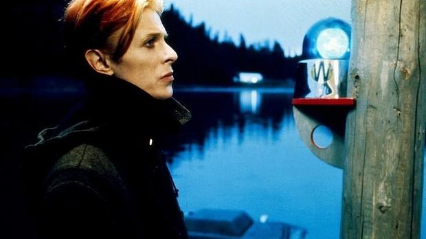 """""""The man who fell to Earth"""": Los 40 años del clásico de Bowie"""