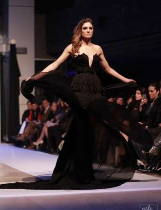 La alta costura nacional se dejó ver en el Renaissance Fashion Santiago
