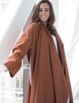 Entrevista a Angela Luna, la diseñadora que creó una colección para refugiados sirios