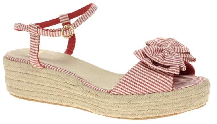 6 zapatos de mujer para comprar online por menos de $10.000