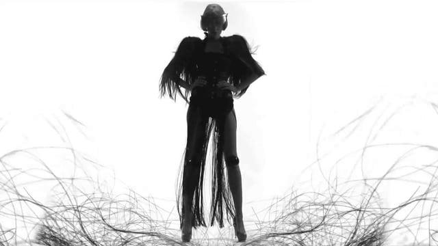 """VLC ♥ """"KNOTTED por Maya Hansen"""