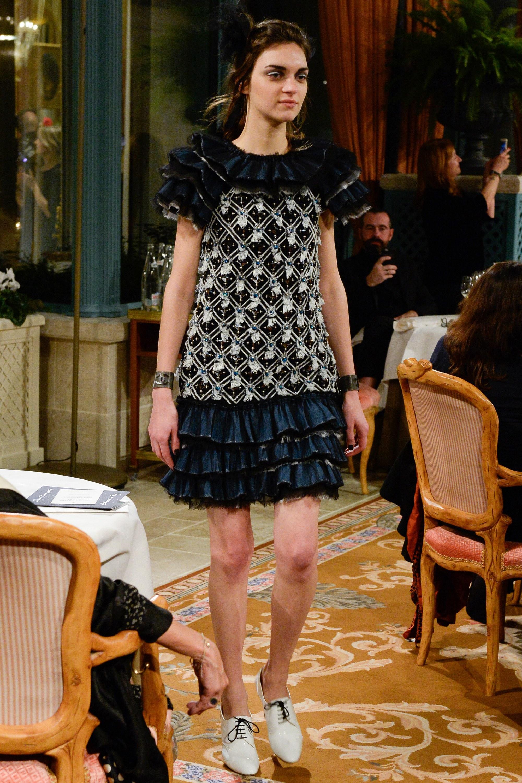 """París Cosmopolite"", el homenaje de Karl Lagerfeld al glamour parisino"