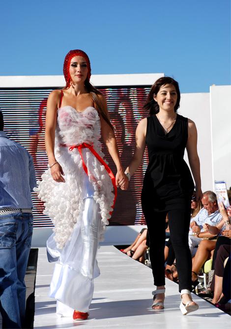 Paloma Labrín en Viña D Moda por VisteLaCalle