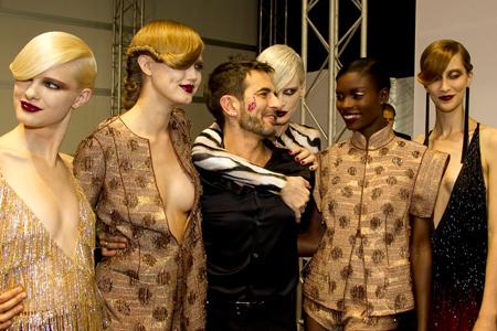 ¿Marc Jacobs para Dior y Phoebe Philo para Louis Vuitton?