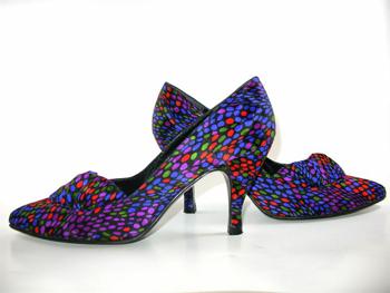 ¡Las chicas aman los zapatos!