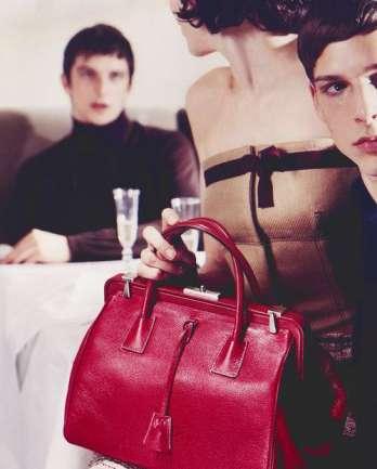 Flashback: Hannelore Knuts en Prada F/W 2000-2001