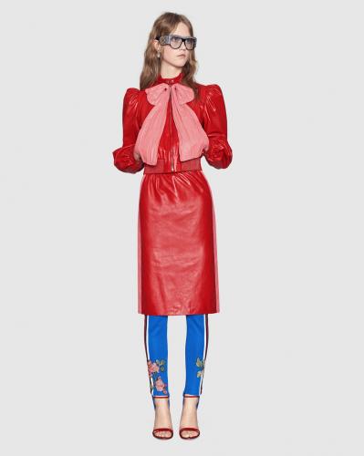 Calcetines de látex, la nueva creación de Gucci