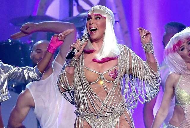Los trajes de los #BillboardMusicAwards2017