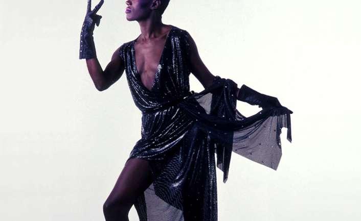 El estilo de Grace Jones resumido en sus diseñadores favoritos