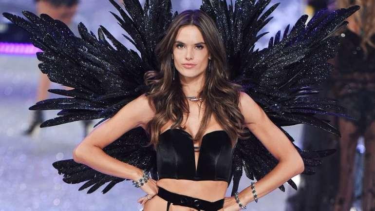Fin de una leyenda: Alessandra Ambrosio cuelga sus alas
