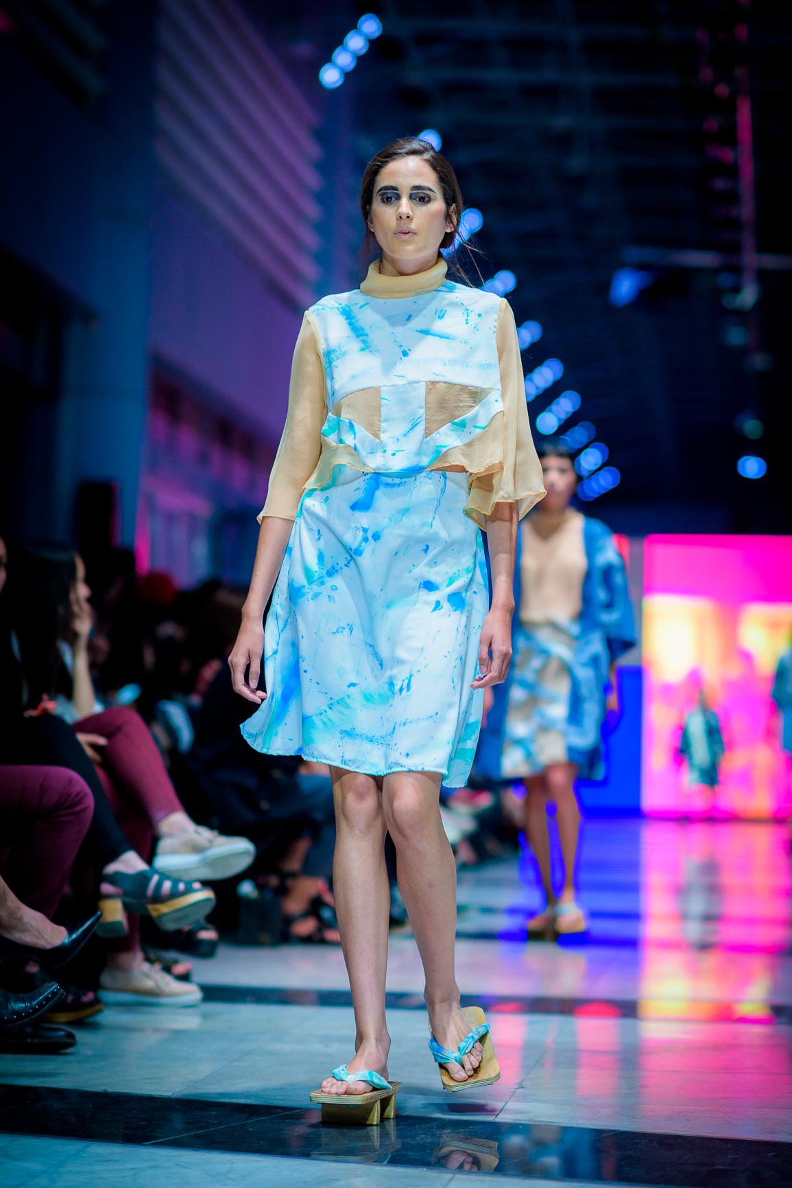 VisteLaCalle Catwalk Primavera/Verano 2018: Mila Aguilera