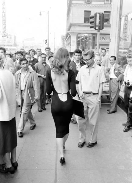 La Historia Del Vestido De Espalda Desnuda Viste La Calle