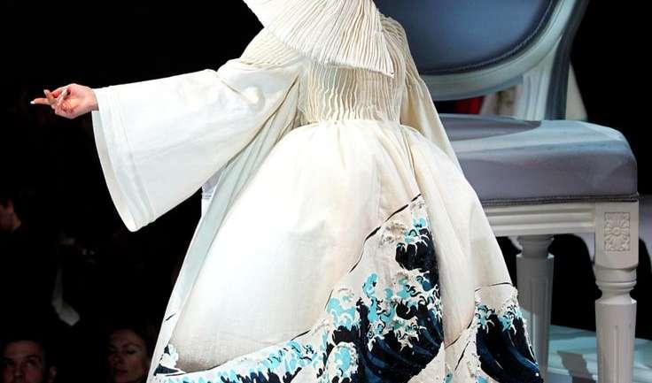 El impacto de la obra japonesa The Great Wave en la moda