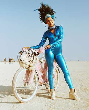 VisteLaCalle Expo: BurningMan