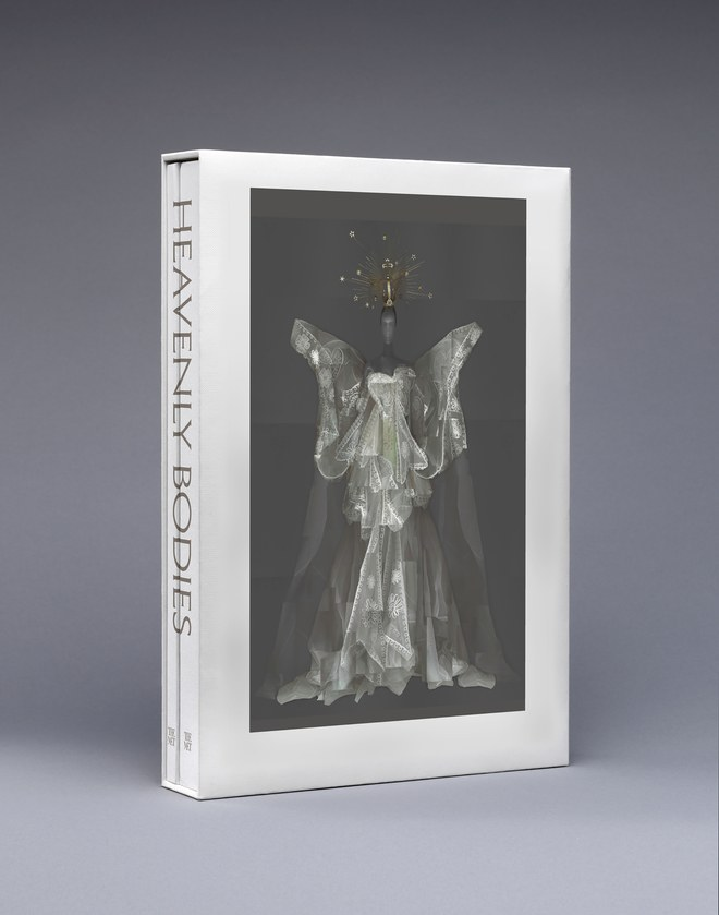 Heavenly Bodies: Fashion and the Catholic Imagination, el libro que se presentará en la Met Gala