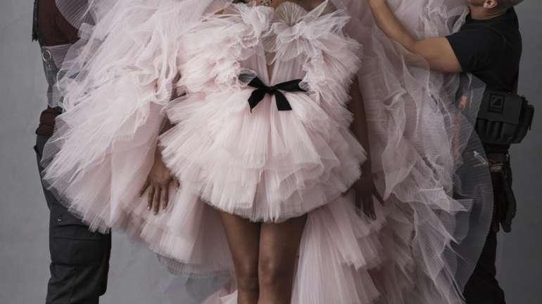 El giro Haute Couture de Tiffany Haddish en W magazine