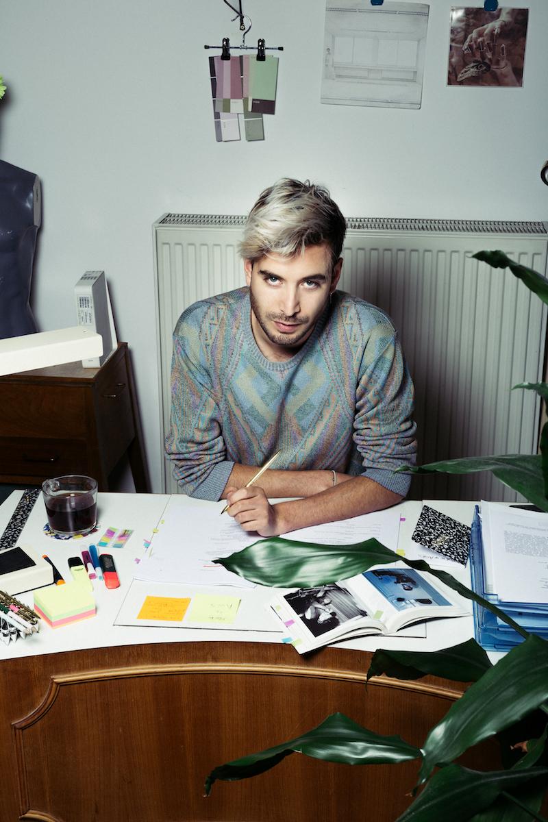 Entrevista a Diego Rojas, diseñador chileno de vestuario y escenografía en el extranjero