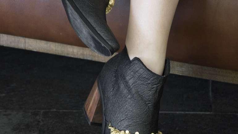 Entrevista a Manavai, la marca chilena que se atreve a ofrecer zapatos confeccionados con Piñatex