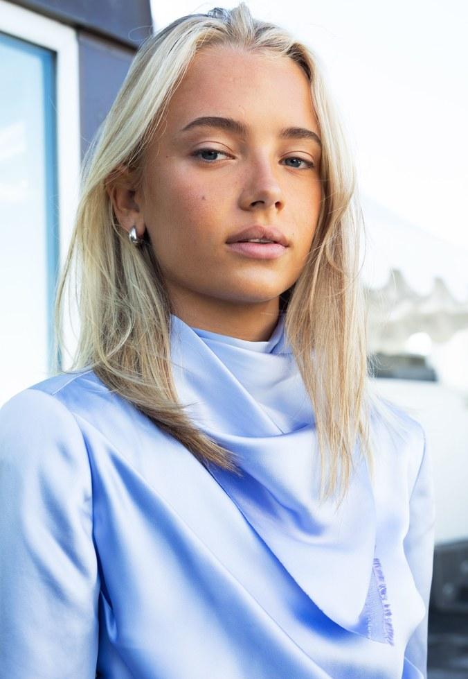 Emma Ellingsen, la modelo y blogger transgénero de Noruega