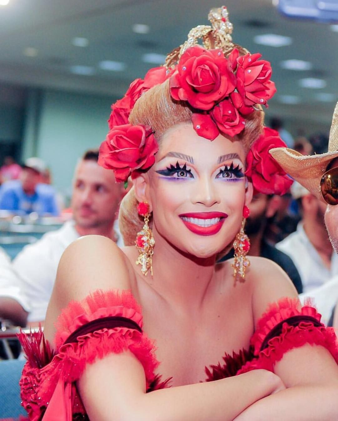 Conozcamos un poco más sobre Valentina, la drag queen que interpretó a Ángel en el musical Rent