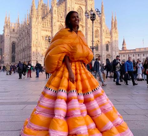 """""""Couture que une culturas"""", la propuesta de Pierpaolo Piccioli para Moncler"""