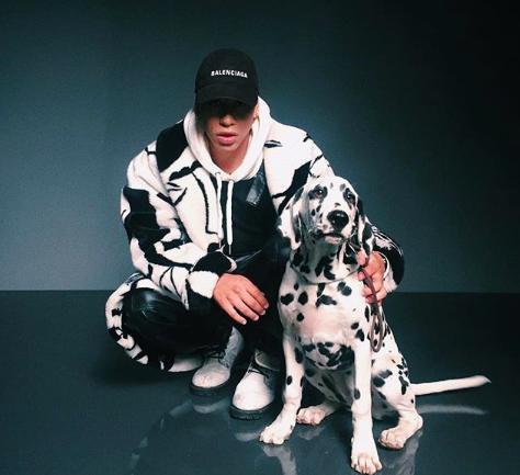 """Entrevista a Tommy Boysen, el papi que con su reggaetón y estilo está """"tocando cinturas"""" y conquistando la industria urbana"""