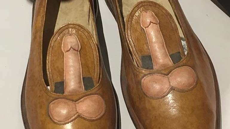 Cómo recopilar los peores zapatos de la historia: @crimesagainstshoemanity