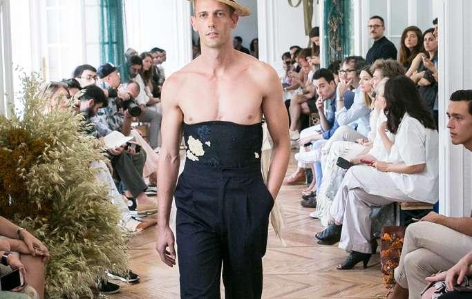 """Conociendo a la diseñadora Carlota Barrera, ganadora de """"Who's On Next"""" de Vogue España"""