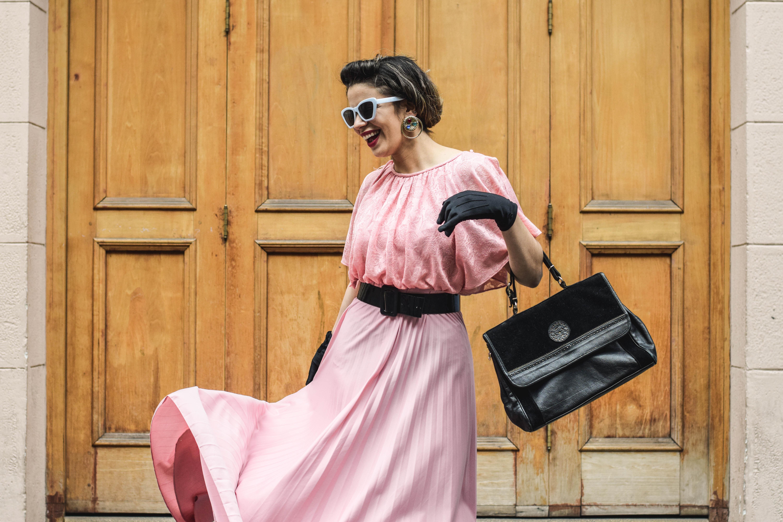 """Entrevista a Daniela Seguel de ReviviendoMilPrendas: """"Es súper importante comenzar los cambios y apoyar la moda consciente desde nuestro clóset"""""""