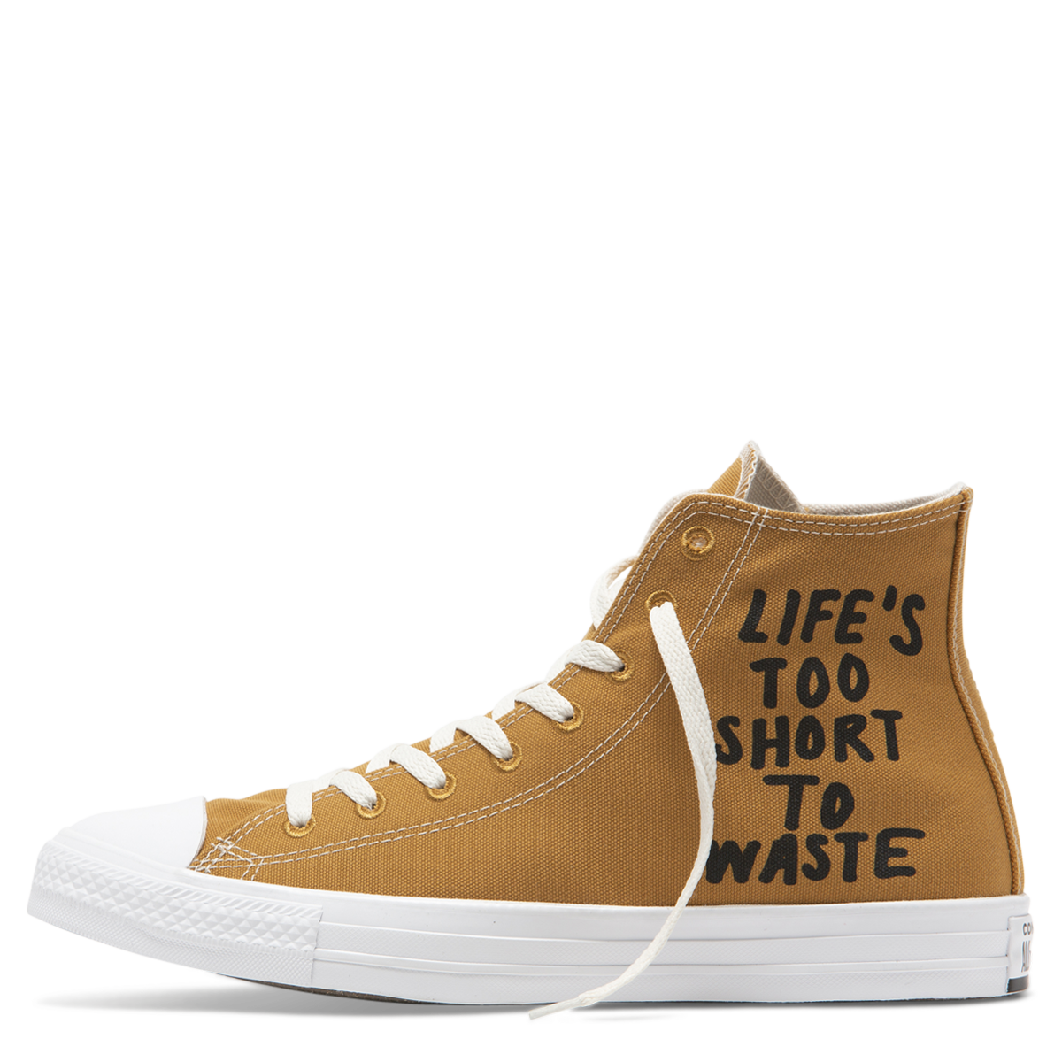 Converse Renew: La zapatilla de lona hecha 100% de botellas plásticas